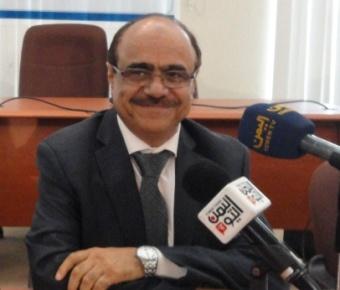 مسلحو الحوثي يداهمون منزل وزير الإعلام السابق علي العمراني بعد نزوحه منه