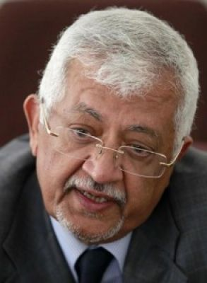 د. ياسين سعيد نعمان : الحملة التي يتعرض لها عبدالملك المخلافي بسبب نجاحة